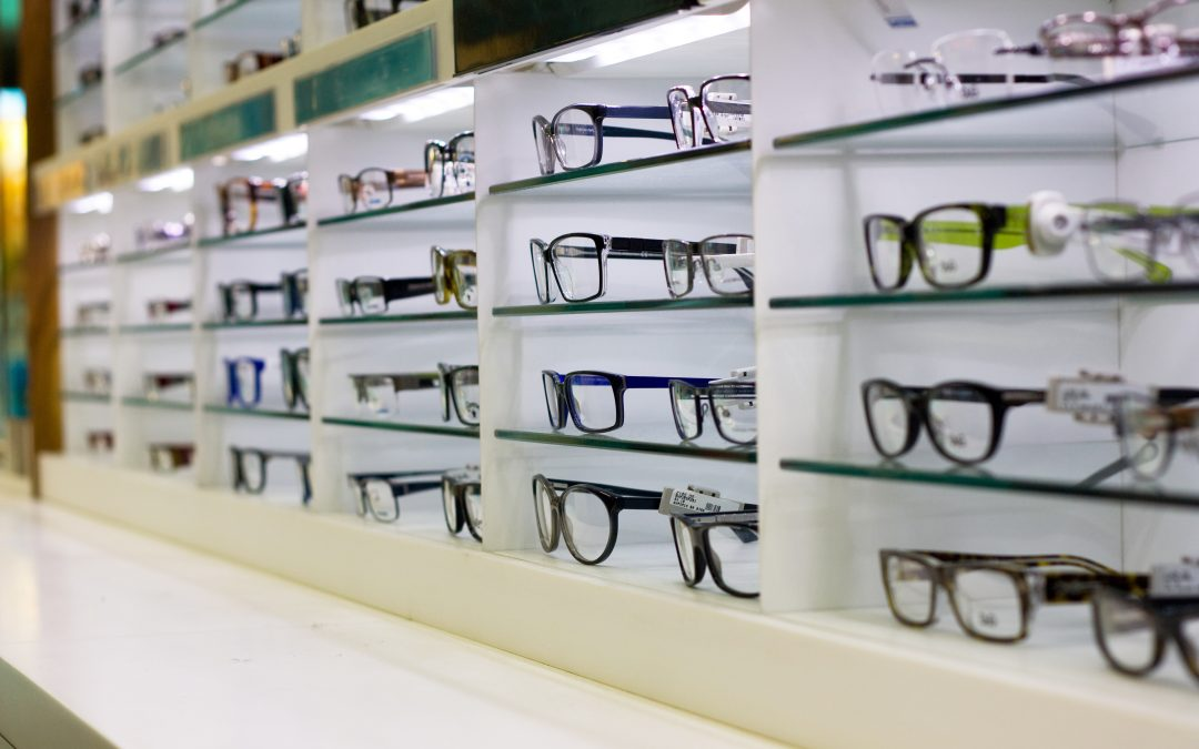 How to Pick Your Glasses – From Functional to Fashion-Forward